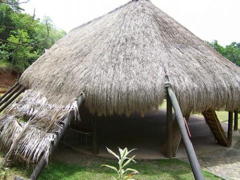 La historia de los Kalinagos | Dominica Por Descubrir
